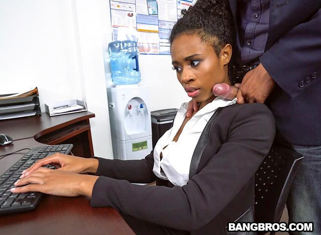 Ivy Young learns how to get ahead in the office (Teen, Young) BrownBunnies [SD 480p] (2018)