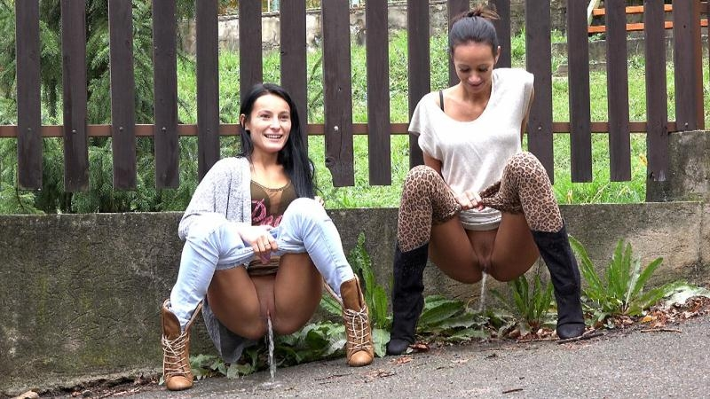 Two girl pissing on the street! (Pissing, Piss) G2P [FullHD 1080p] (2018)