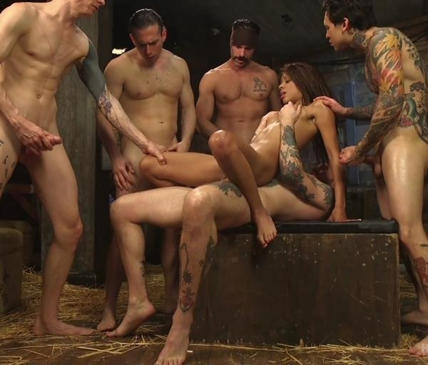 The Holy Vessel (Gangbang) Verta [HD 720p] (2018)