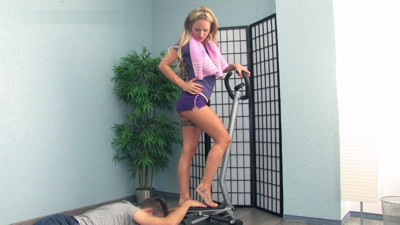 Lady Sue - He Is A Part Of Lady Sue's Workout Training (Fetish) Clips4sale [FullHD 1080p] (2018)